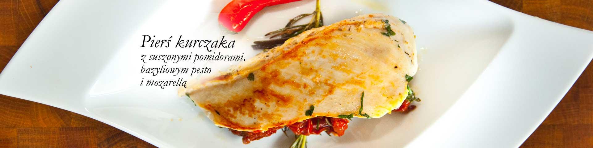 Chicken breast with sun-dried tomatoes, basil pesto and mozzarella