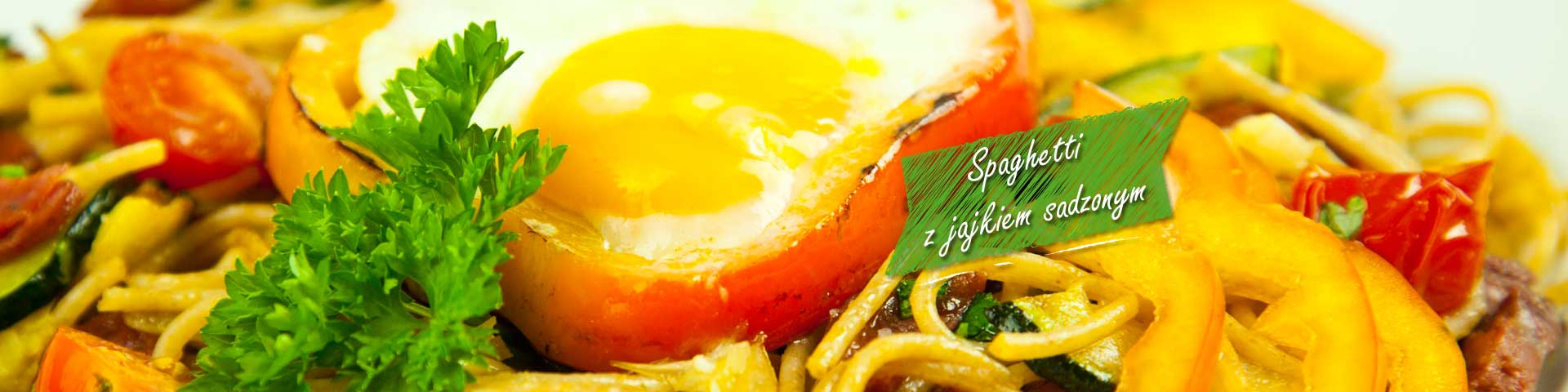 Spaghetti with fried egg